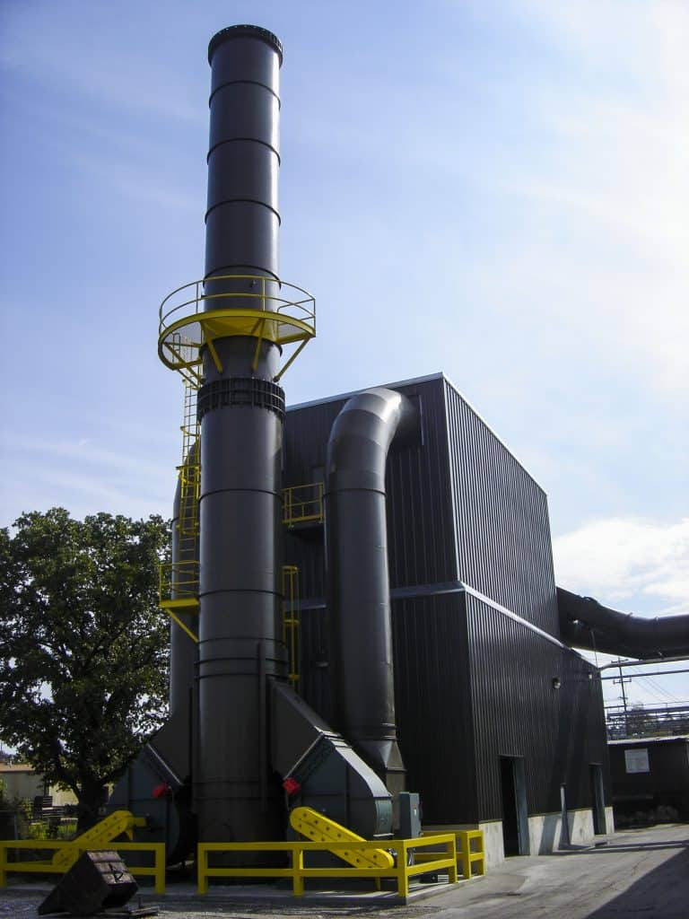 Baghouse dust collector for a foundry