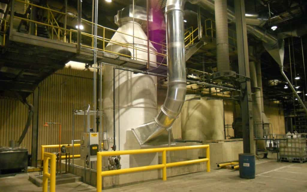Baghouse dust collector for plastics